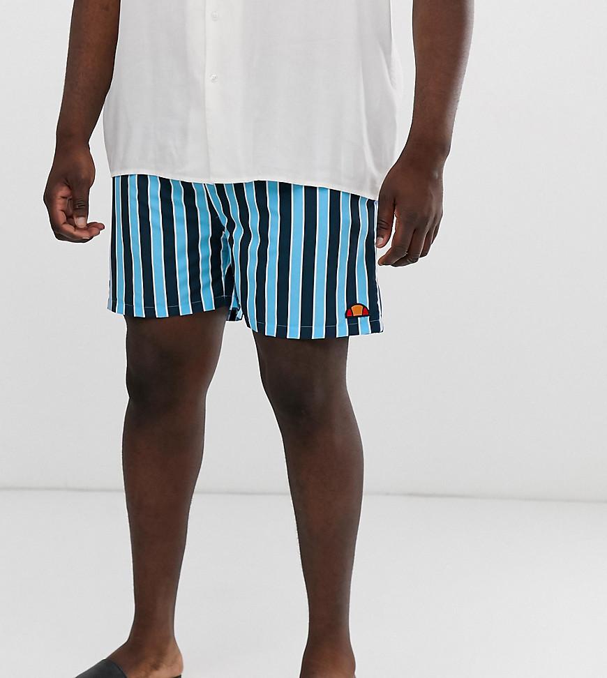 9e8647ef16e0 Shorts de baño de rayas en azul marino Cozza exclusivos en ASOS de Ellesse  Plus