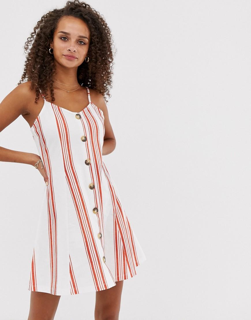 Vestido de verano de botones con bordado de palmeras de ASOS DESIGN asos marrón Asimétrico