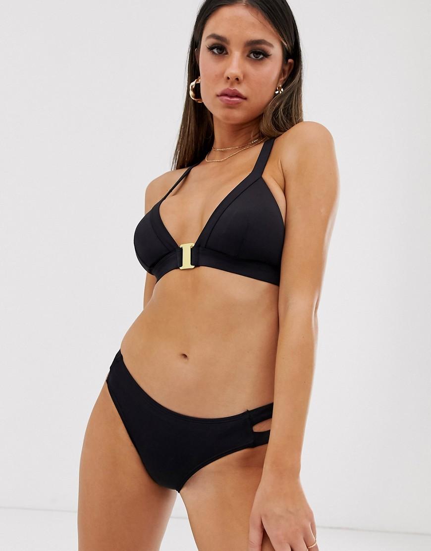 687789d670e4 Top de bikini de triángulo en negro Casablanca de Dorina