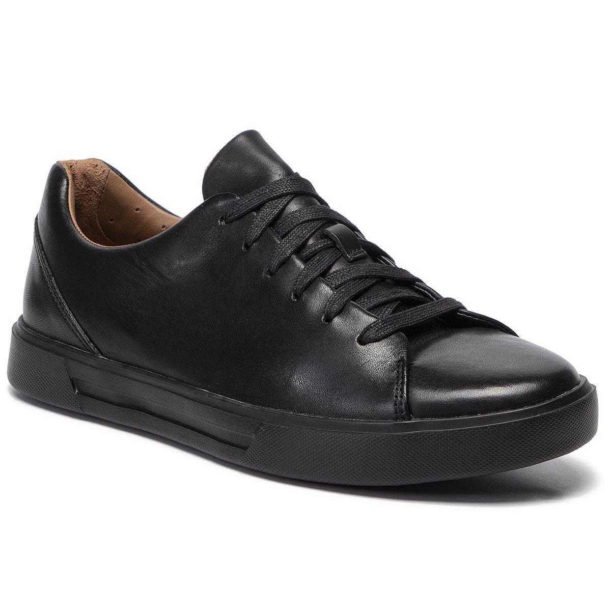 30% en todo calzado Clarks y Geox