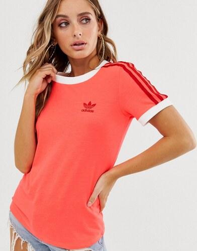 Camiseta rosa con detalle de tres rayas adicolor de adidas